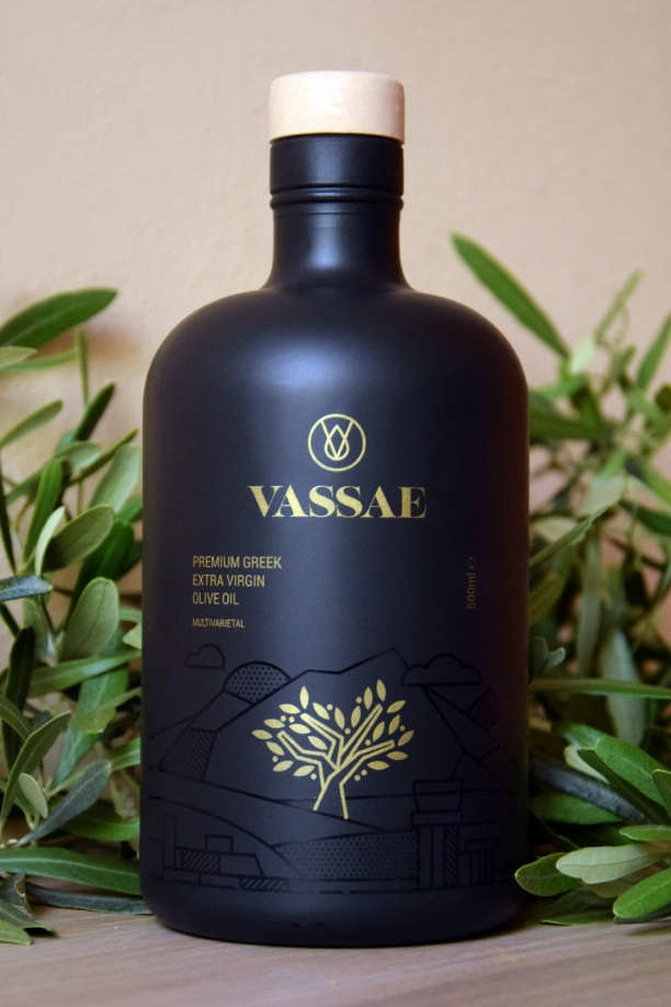 ΦΩΤΟΓΡΑΦΙΣΗ-ΠΡΟΙΟΝΤΩΝ-VASSAE-OLIVE-OIL-ΦΩΤΟ-ΕΛΑΙΟΛΑΔΟΥ-STUDIO-PHOTOSHOOT-2171-GEORGE-DIMOPOULOS-PHOTOGRAPHY-CREDIS-VISCA